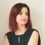 Portrait de Clémentine Ben Oliel – Consultante en stylisme-infographisme